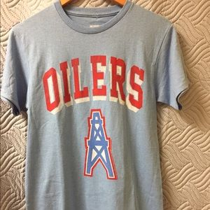 NFL Oilers short sleeve tee shirt